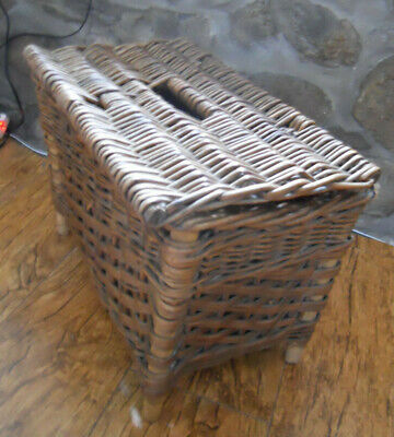 Vintage - Wicker Fishing Creel / Basket / Storage / Log Basket • 46£