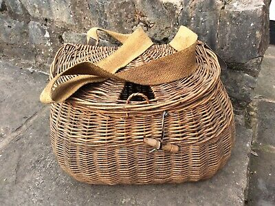 Vintage, Antique, Wicker Fishing Creel • 40£