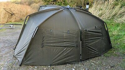 Nash Titan T1 With Extended Canopy • 520£