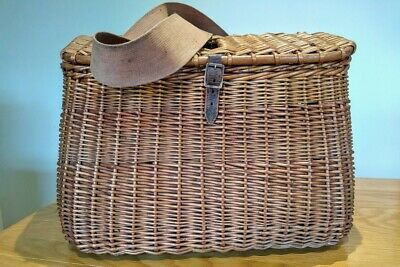 Excellent Vintage Wicker Creel With Canvas And Leather Strap • 69£