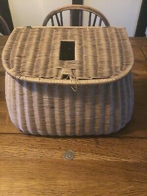 Antique/ Vintage Quality Wicker Fishing Creel • 48£