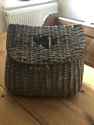Vintage Fishermans Wicker Basket • 17.80£