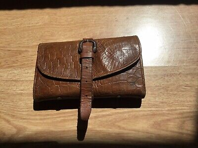 Vintage/Antique Leather Fly And Cast Wallet • 15.90£