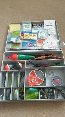 Stewart Tackle Box With Assorted End Tackle. • 26£