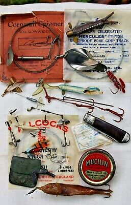 Job Lot Of Vintage Fishing Lures And Tackle • 16£