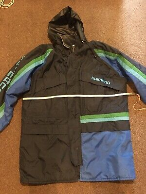Shimano Fishing Coat Size Large • 10£