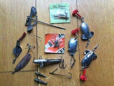 Group Of Vintage Fishing Lures. • 19.99£