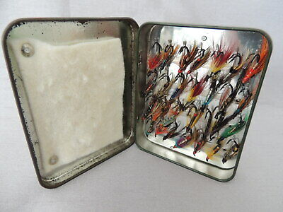 Richard Wheatley Loch Leven Eyed Fly Box + 28 Double Hook Flies....1 Of 3 Listed • 27.50£
