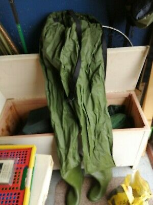 Fishing Chest Waders Size 8/9 • 12£