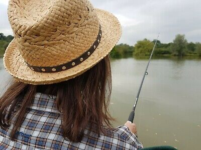 Beginners Fishing Lesson In East London For One (2hrs) • 49.99£