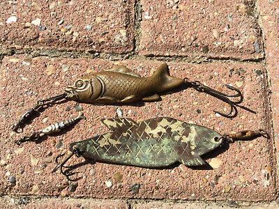 3 Old Old Fishing Lures. • 69.99£