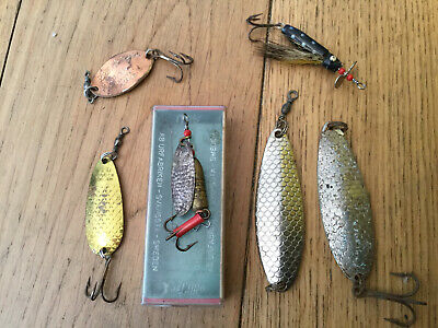 Group Of Vintage Abu Fishing Lures . • 19.99£