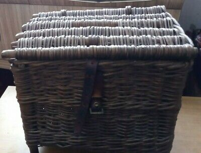 Vintage Wicker Fisherman's Basket/Seat With Broken Leather Strap • 20£