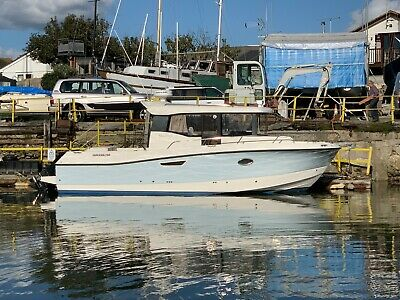 2016 Quicksilver 905 Pilothouse With Twin 200hp Mercury Outboards • 84,500£