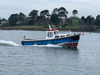 27ft CHEVERTON EX Royal Navy LAUNCH • 12,500£