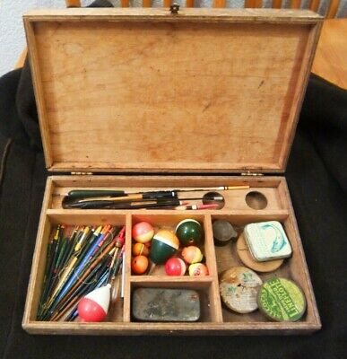 Vintage Wooden Fishing Box And Contents • 14.99£