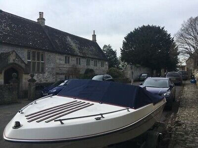 Bowrider Style Power Boat • 3,500£
