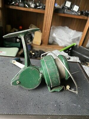 Vintage Fishing Reel  • 5£