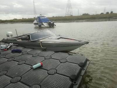 17ft Speedboat With Johnson 60hp  • 1,100£