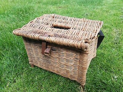 Wicker Creel Fishing Box Basket • 5£