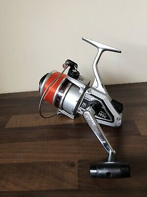 Penn 105C Brass Pinion Surf Casting Spinning Reel & New 20lb Line • 15.99£