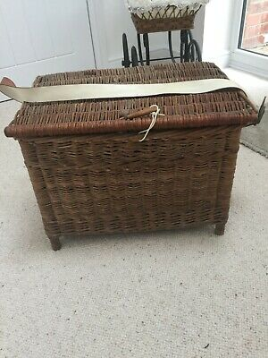 Antique Large  Fishing Creel Wicker Basket. 21  X 14  X 15  • 65£