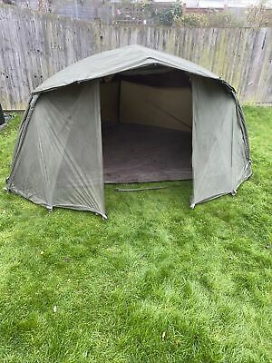Trakker Tempest Brolly With Skull Cap And Mozzi Panel Front • 100£