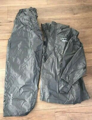 VASS Lightweight Pack Away Jacket And Trousers XL Used In Carp Fishing • 22£