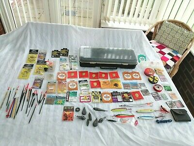 A Joblot Of Fishing Items-Hooks-Lures-Floats-Line-Etc-All In Plastic Tackle Box • 19.99£