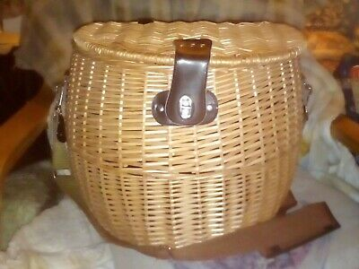 Wicker Fishing Creel/Picnic Basket - Shoulder Strap - Unused!! Xmas Present?!!! • 14.50£