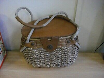 Vintage Wicker Fly Fishing Creel / Basket - Leather / Rope  • 44.95£