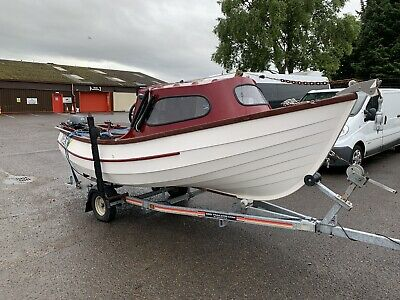 17ft Yorkshire Cobble Wi Yamaha Outb Motor 9.9hp + Fish / Depth Finder + Trailer • 6,000£
