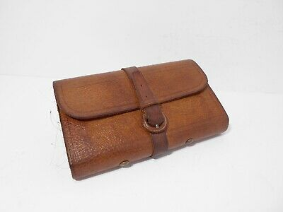 Vintage Wheatley Leather Fly Fishing Wallet & Assorted Flies To Gut. • 100£