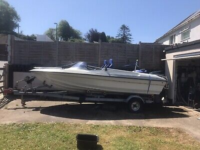 Speedboat And Trailer • 2,700£
