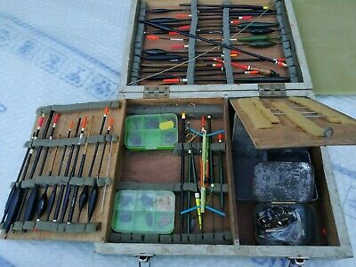 Fishing Job Lot Of Floats And Tackle • 17£