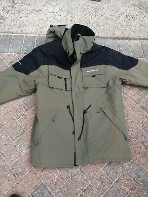 Korum Fishing Clothing, Quilted Coat And Bib And Brace • 60£