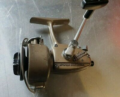 Daiwa 7250RLA Spinning Fishing Reel Working. • 9.99£
