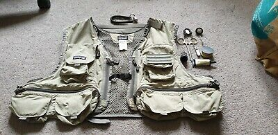 Patagonia Flyfishing Vest XL + Accessories Included • 40£