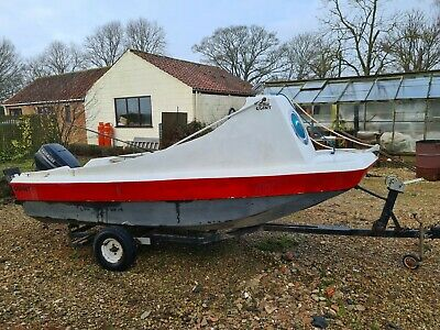 14 Ft Day / Fishing Boat With 40 Hp Evinrude Outboard And Trailer  • 590£
