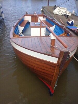 18ft Open Wooden Launch With Trailer Hull Mahogany Clinker 7ft Beam. • 9,250£