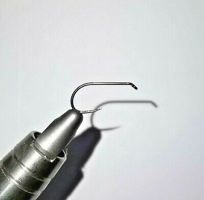 Barbless Dry Fly Hooks. Down Eye, Black Nickle Finish. Pack Of 50 By Rede River • 4.15£
