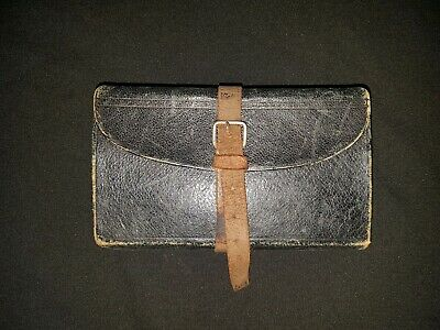 A Vintage Leather Fly Wallet.6  × 31/2  (150 × 90mm)Fair Condition • 20£