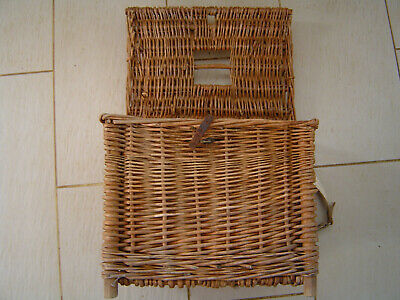 Vintage Fishermans Basket With Carrying Handle And Feet • 25£