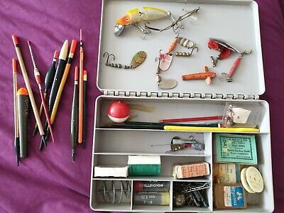 Vintage Tackle Box With Mixed Selection Of Weights Lures Floats Hooks Disgorgers • 10£