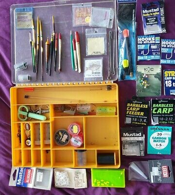 A Large Lot Of Coarse Fishing Tackle Vintage And Modern Floats Shot Hooks Etc • 13.70£