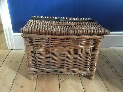 Vintage Wicker Fisherman's Basket/Seat With Strap • 30£