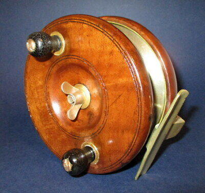 HANDSOME VINTAGE/ANTIQUE SYCAMORE WOOD & BRASS 5 Inch FISHING REEL • 35£