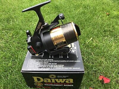 DAIWA WHISKER SS 2600 Carp Pike Barbel Reel  . Boxed In Immaculate Condition . • 35£