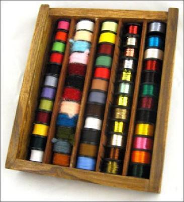 60 Fly Tying Threads, Flosses & Tinsels In Wooden Box • 17.49£