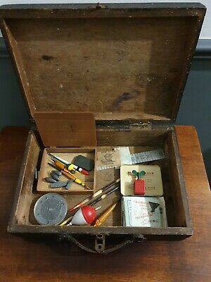 Vintage FISHING TACKLE In Vintage Wooden Box • 11.90£